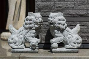 沼尾石材店:墓石と石材
